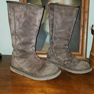 Ugg brown rear zip boots